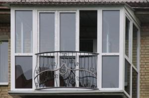 Установка французского балкона в Киеве